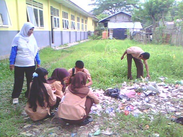 Sekolah Yang Kotor