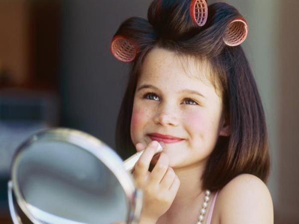 A partir de que Idade minha filha pode usar Maquiagem?