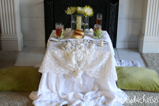 table for two, romantic tablescape