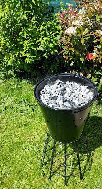 barbecue, jardin, bullelodie