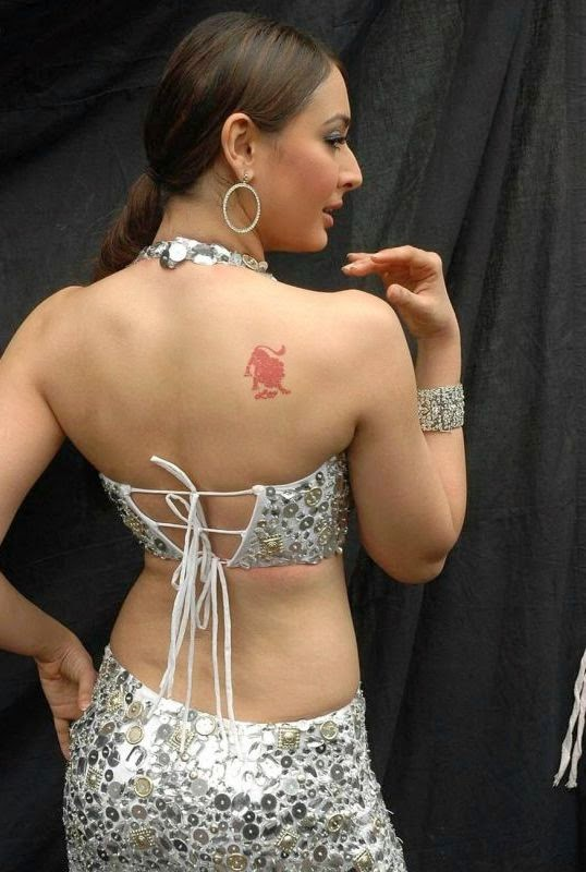 Preeti Jhangiani Hot Pics,Preeti Jhangiani Latest Unseen Rare Hot Pics [HD Photos] backless hot pics