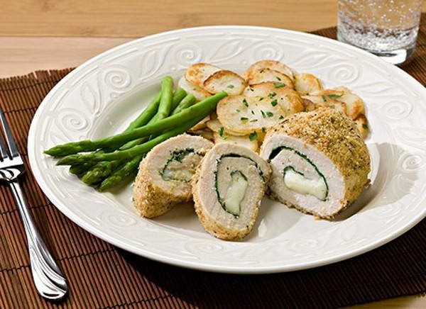 Rolled Chicken with Broccoli - Gà cuộn bông cải
