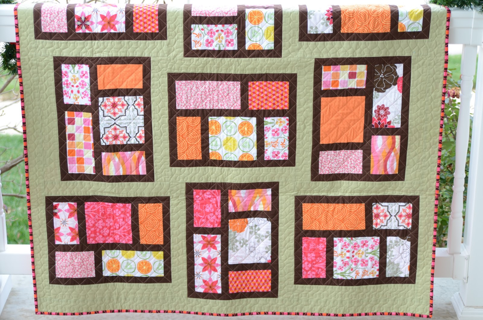 Hyacinth quilt designs kitchen window quilt for Kitchen quilting ideas