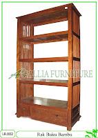 Rak Buku Hias Klender Bambu
