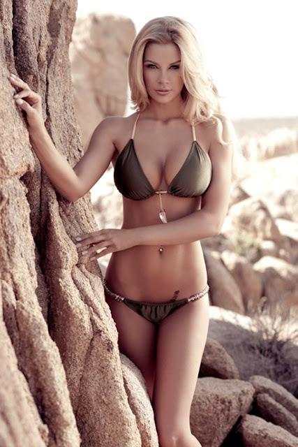 American Model Jessa Hinton