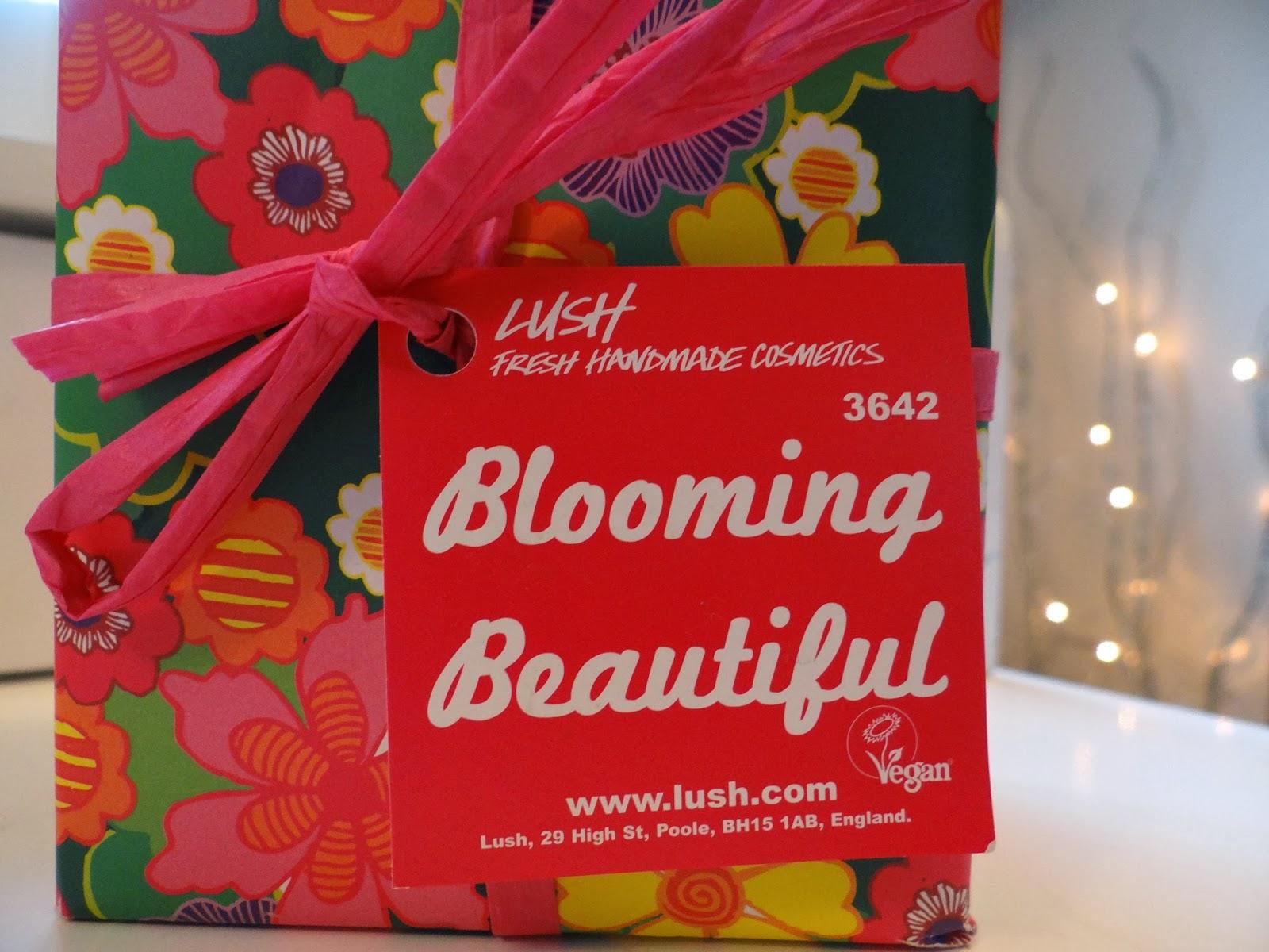 Nails and Teapots : Beauty| LUSH Cosmetics Blooming Beautiful Gift Set