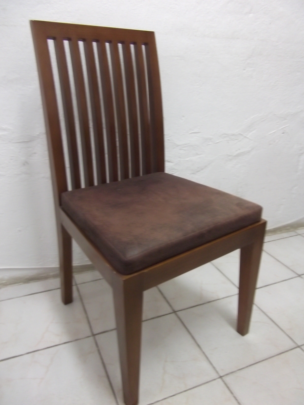Cadeira e Mesa: Cadeiras de Madeira a Venda #432F28 1200x1600