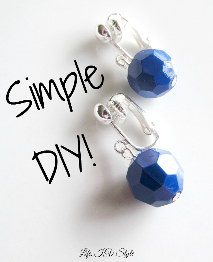 http://katyavalerajewelry.blogspot.com/2014/04/make-it-monday-simple-beaded-earrings.html