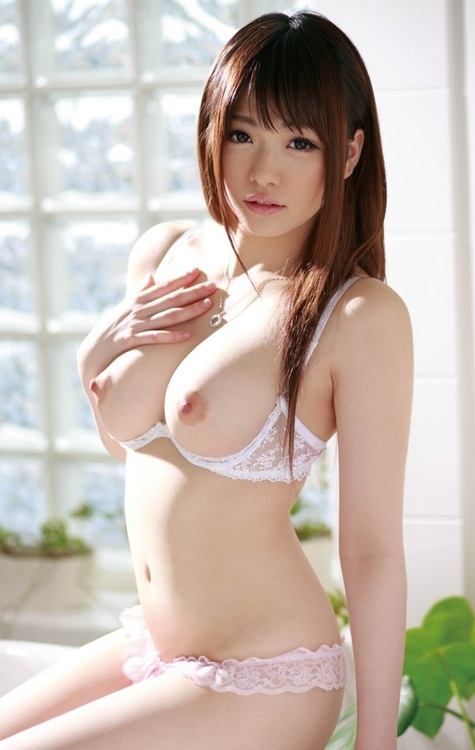 Korea girl sexy and big boobs