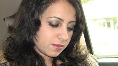 Afghan Top Singer Farzana Naz 2011 Picture