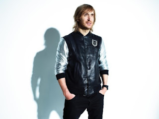 http://2.bp.blogspot.com/-WR8VpOb6U68/TmgUw5DwRcI/AAAAAAAADH4/ojoM8hCxZ38/s440/David+Guetta+thinks+Usher+Without+You+is+THE+BIGGEST+record+on+his+new+album%2521.jpg