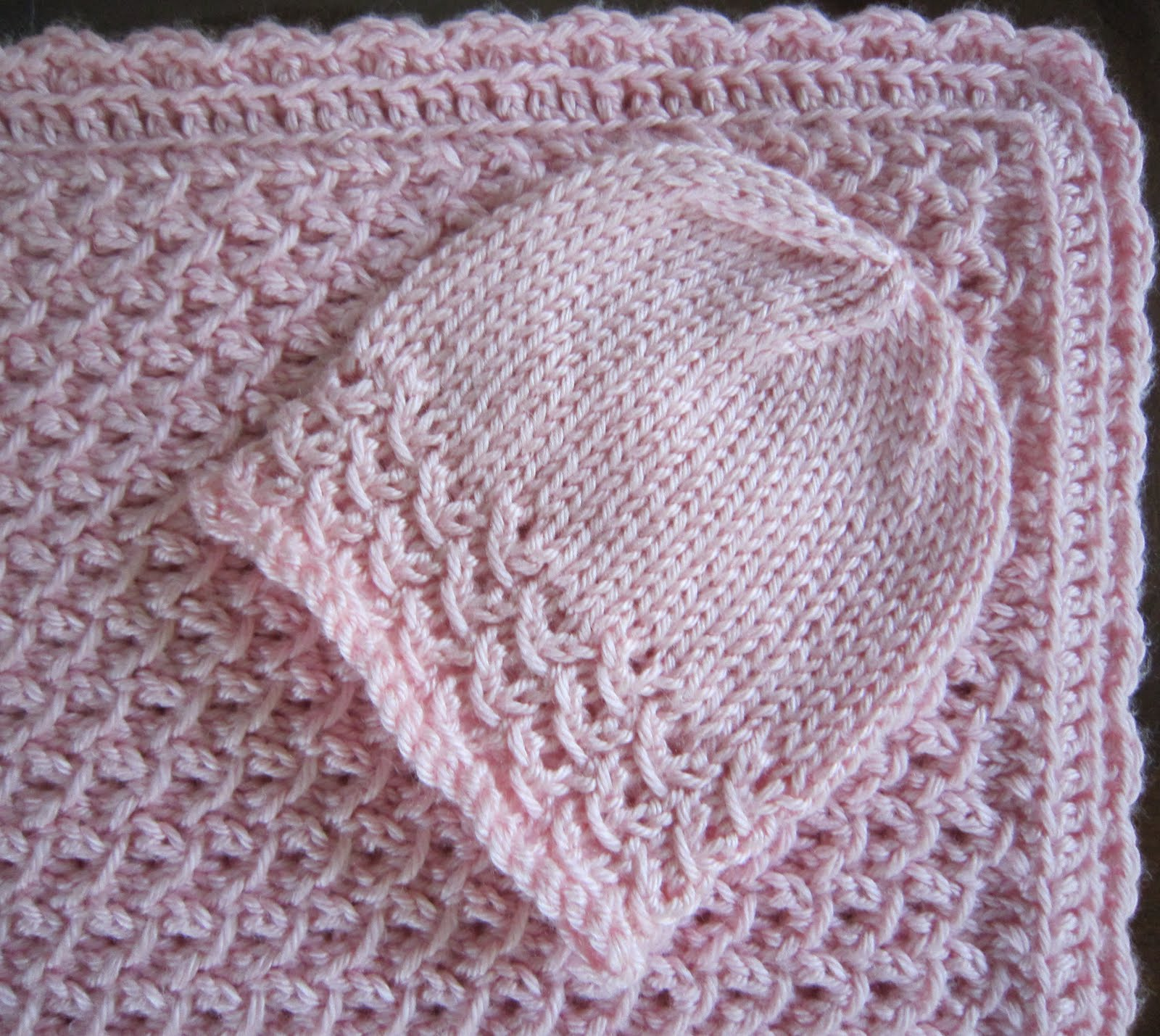 Free Crochet And Knit Patterns : Sea Trail Grandmas: Free Knit Pattern Newborn Hat and Blanket Waves With Croc...