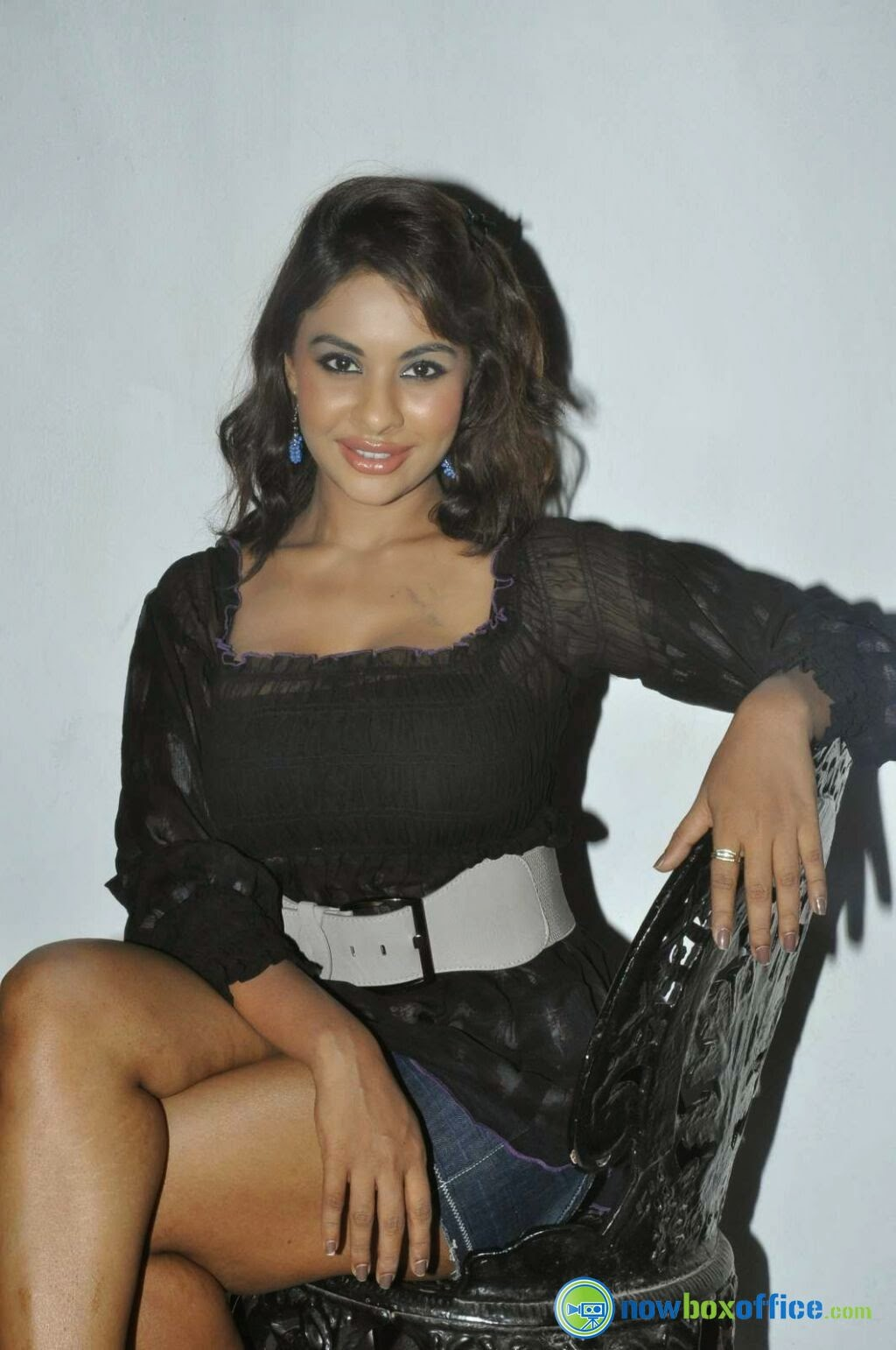 Srilekha Reddy crossed legs