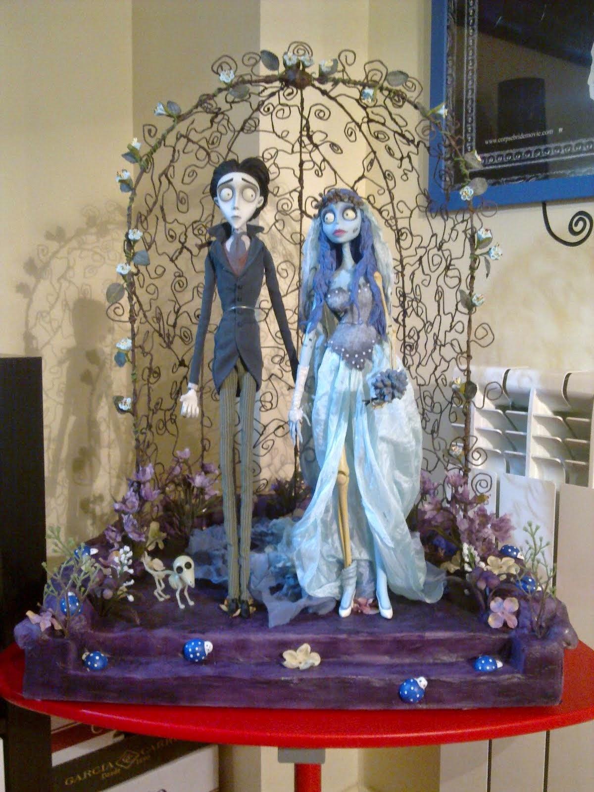 Altar para Figuras de la Novia Cadaver