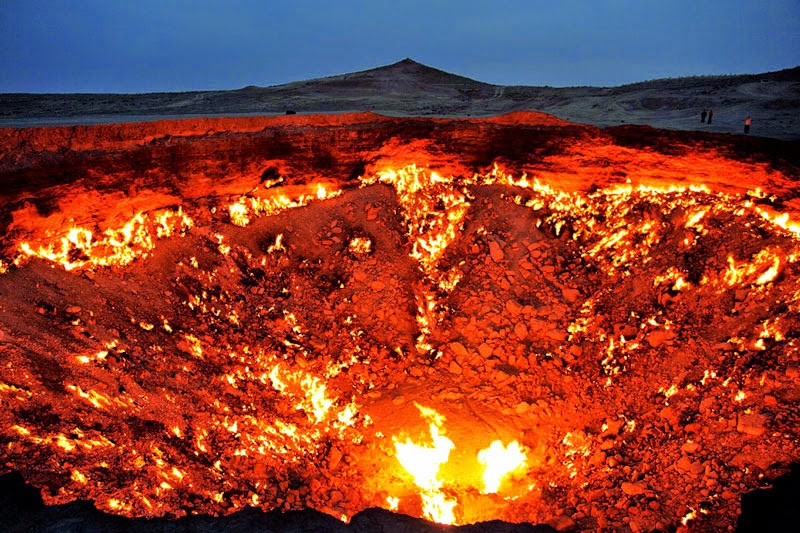 11. Derweze, Turkmenistan - 11 Mindblowing Locations You Won't Believe Are Really on Earth