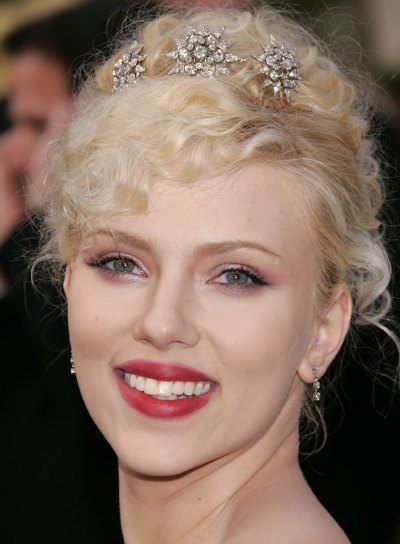 Scarlett Johansson Hairstyles Gallery, Long Hairstyle 2011, Hairstyle 2011, New Long Hairstyle 2011, Celebrity Long Hairstyles 2017