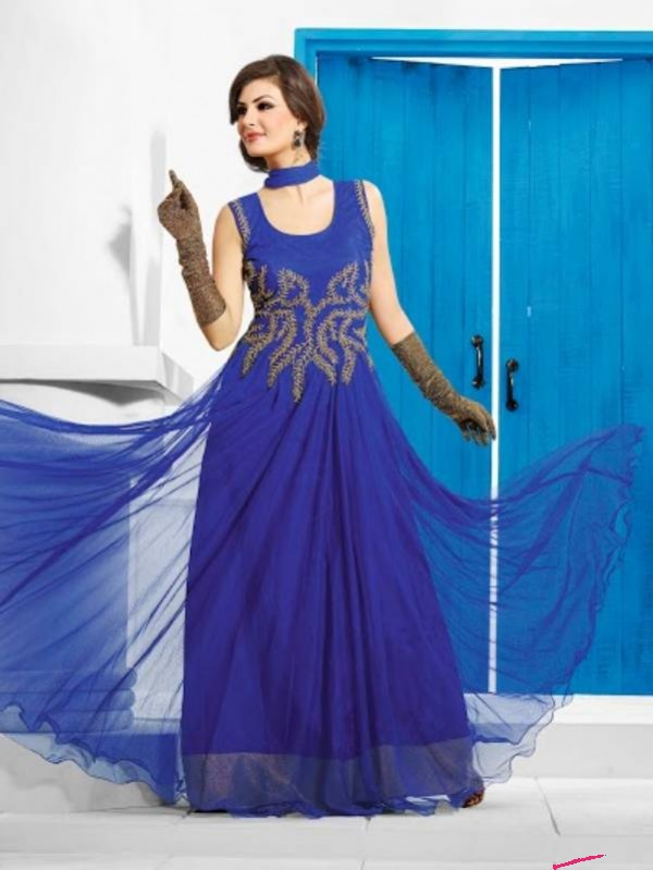Latest Bold And Hot Gowns for Women: 2015