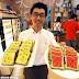 Kreatif Pria ini Jual Roti Tawar Berbentuk Mirip Semangka