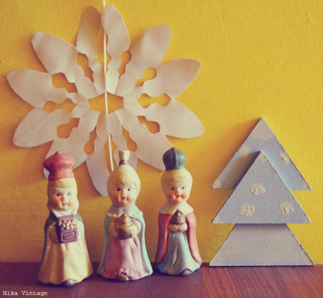 belen cabezones, belen vintage, figuras de belen  años 60, nacimiento vintage, decoracion navidad, decoracion navideña, reyes magos, caja lata, copo