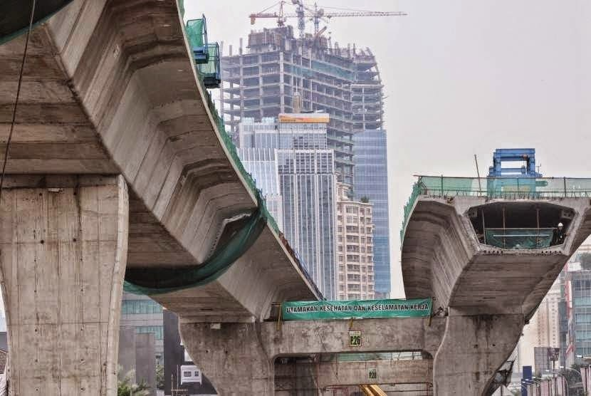 Dulu Pemerintah Sebut Pengurangan Subsidi BBM Untuk Infrastruktur, Tapi Kini Tambah Utang Lagi