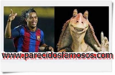 Ronaldinho Jugador Brasileño otra foto con  Jar Jar Binks