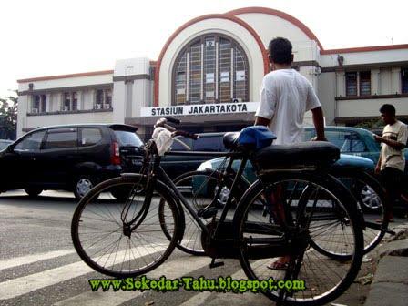 http://2.bp.blogspot.com/-WSkhF89v6FA/TV5tKCVRAtI/AAAAAAAADh8/3De2-r5_y9Q/s1600/1.jpg