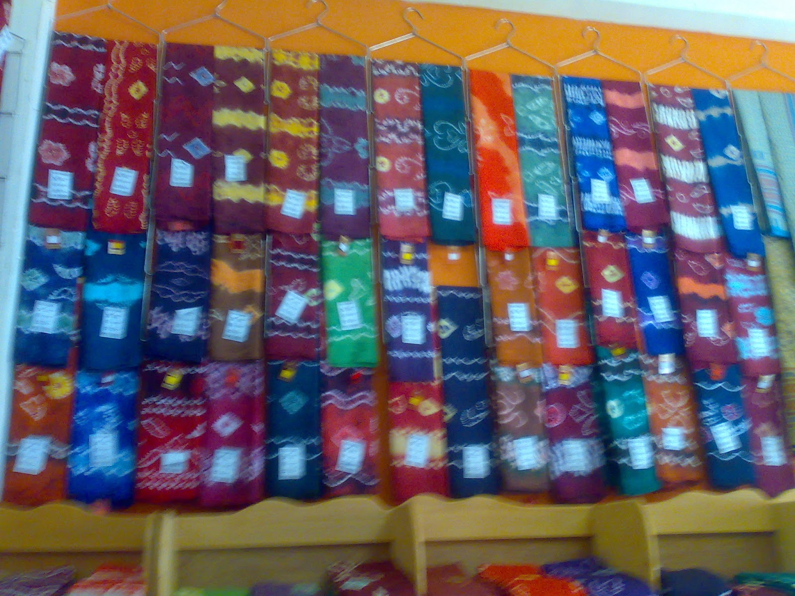 akids os Jual kain batik sasirangan khas kalimantan selatan