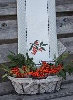 Handduk med rönnbär