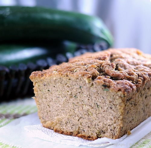 Quick Bread with Zucchini and Sesame Seeds