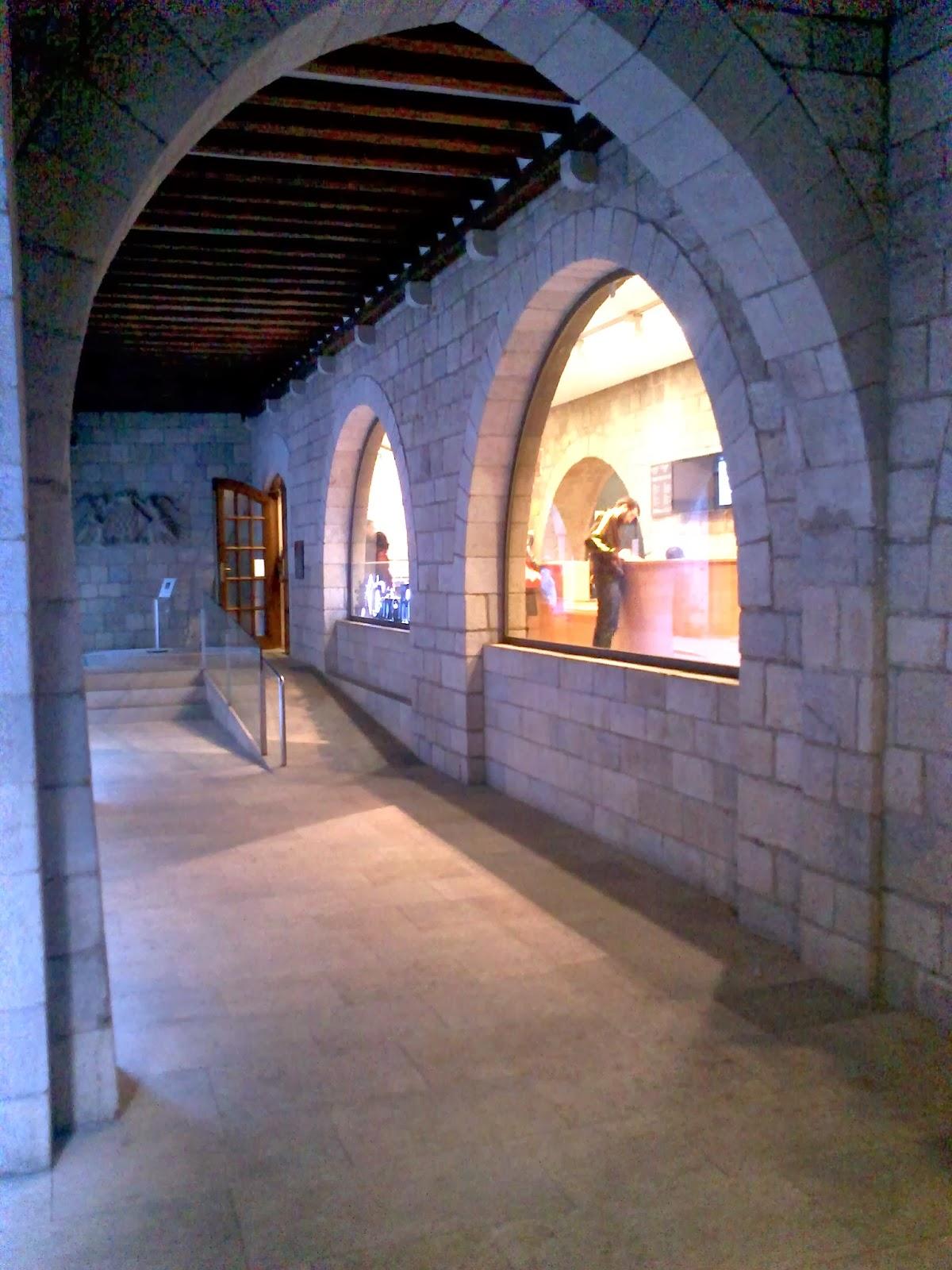 Fontana d'or. Encants de Girona