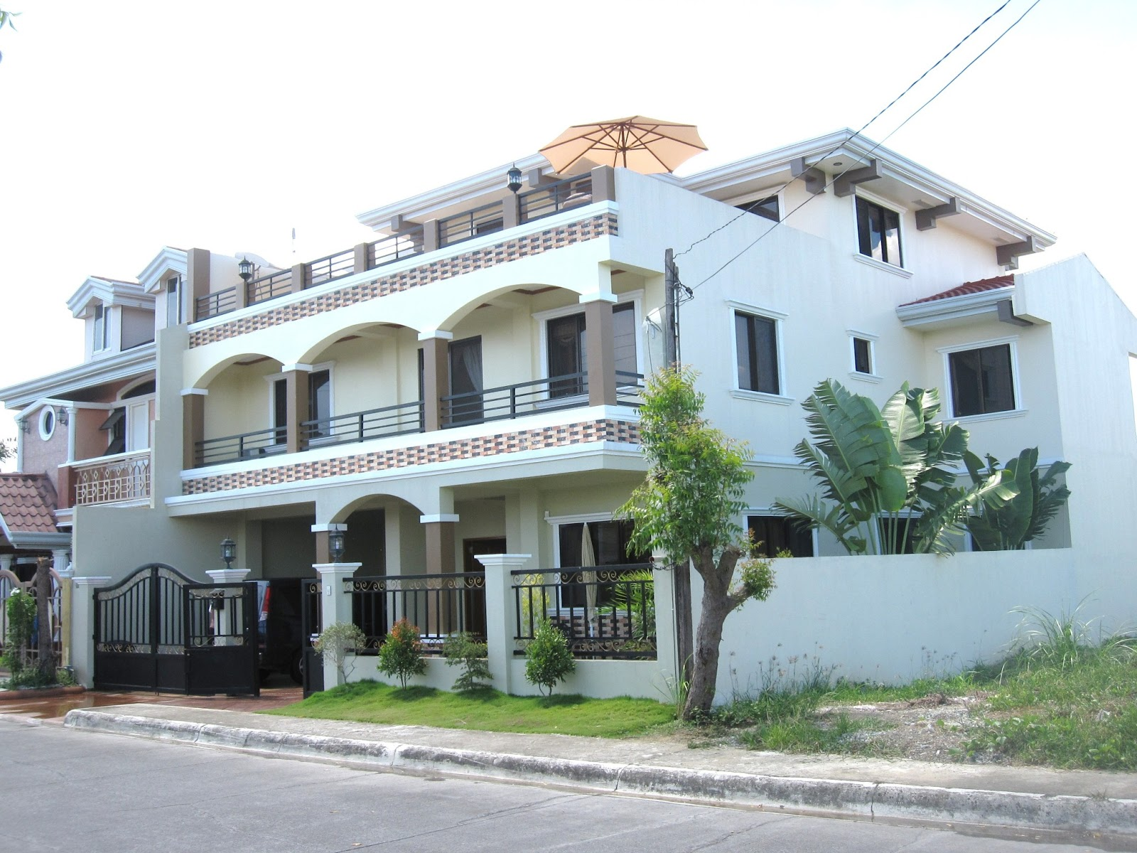 Mixed And Motions House And Lot For Sale In Corona Del Mar Subdivision Talisay City Cebu Sold