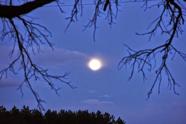 pre blood moon, pre eclipse moon