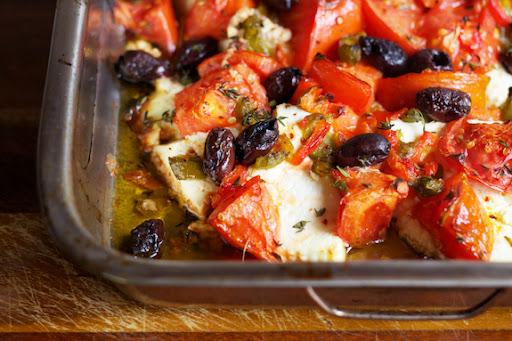 la isla blogita: baked ricotta with tomato and olives