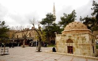 Şems-i Tebrizî Camii ve Türbesi
