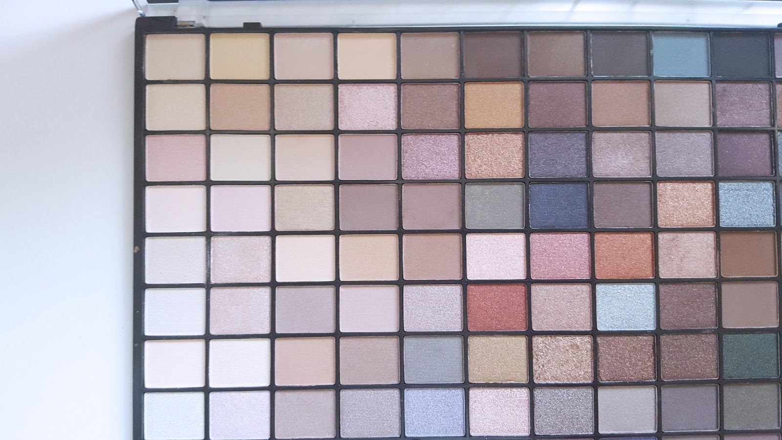 Neutrals Makeup Revolution 2016 Palette