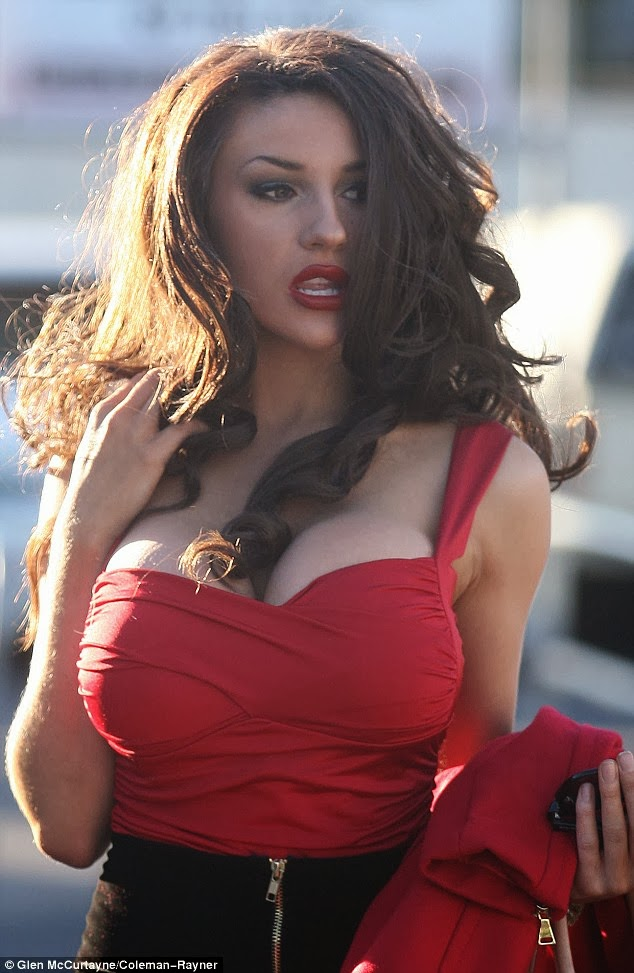 Chatter Busy Courtney Stodden Goes Brunette Photos