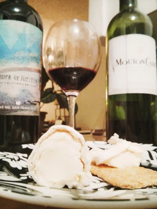 Delicious Red Wine and Brie Cheese