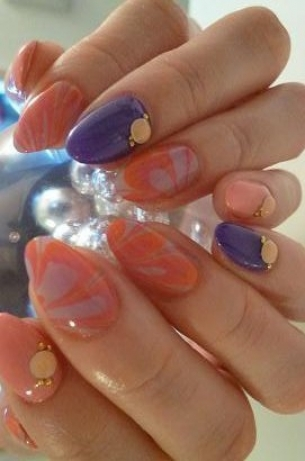Pretty-Fall-2012-Nail-Art-Designs-6