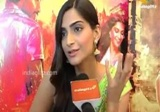 Exclusive Dhanush,Sonam Get Closer For Raanjhanaa Bollywood Movie