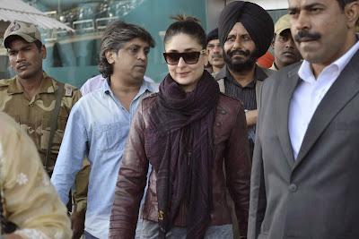 Bollywood, Actress, Kareena Kapoor, Golden Temple, India, Amritsar, Film, Celebrities, Hindu, Saif Ali Khan, Sikh, Showbiz,