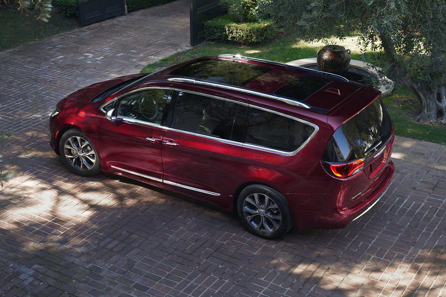 touring pacifica best share chrysler image gallery and