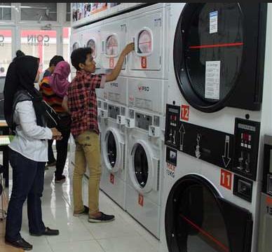 Gerai Laundry Koin di Depok