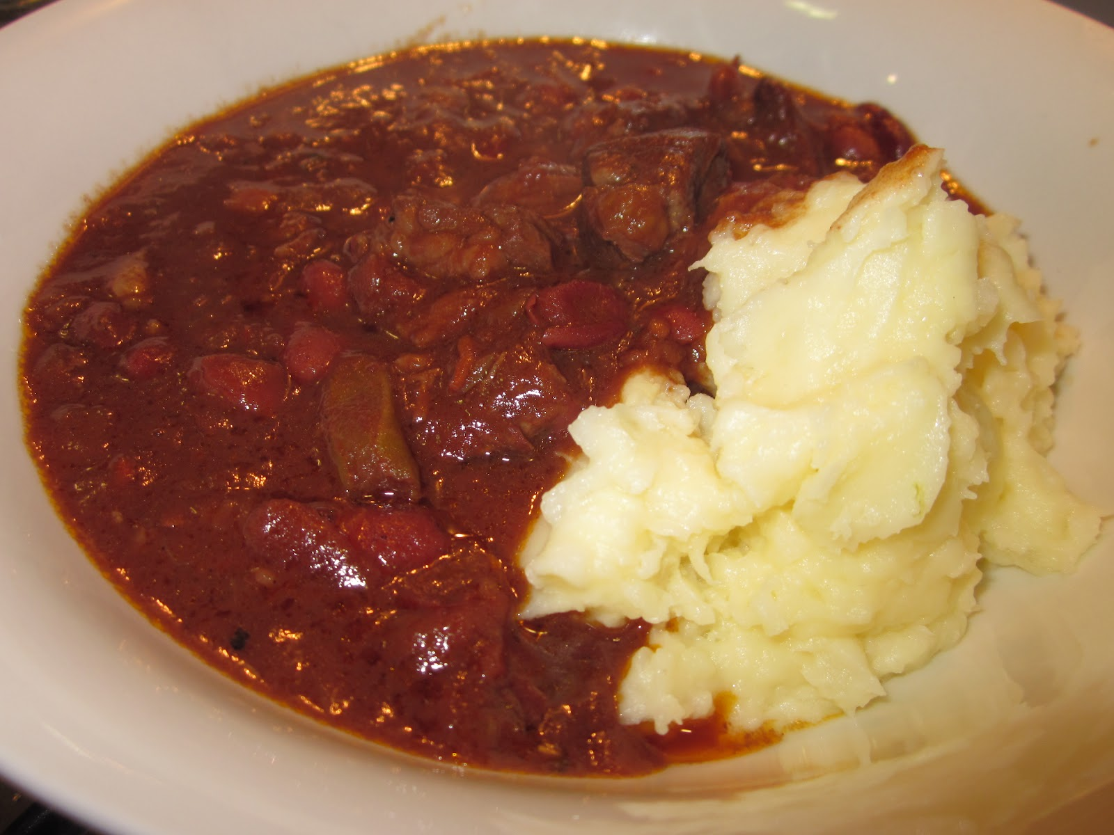 Whatisforteatonight chilli con carne slow cooker for Adding chocolate to chilli con carne