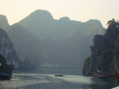 Aguas de la Bahia de Halong