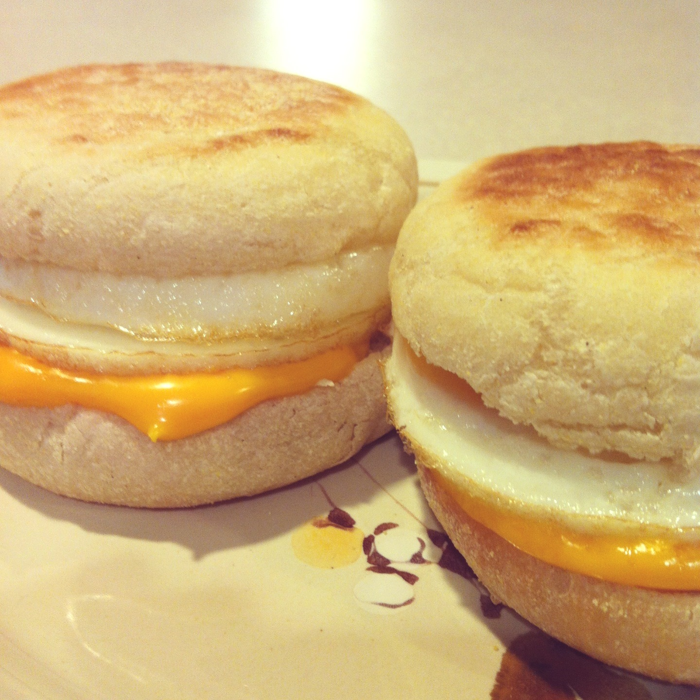 Beauties and the Feast:: Build a Better Egg McMuffin