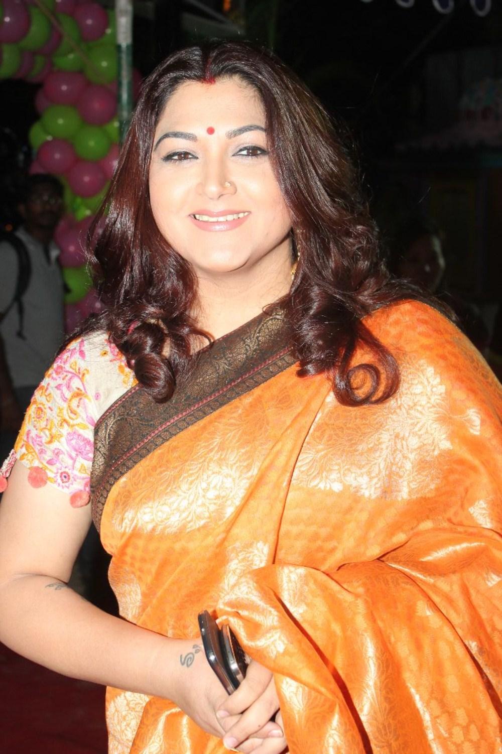 Kushboo Tamil Hot Cheap newstillsindia: kushboo launches green trends salon photos (no