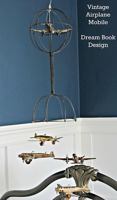DIY Vintage airplane mobile #DIY #nurserymobile #airplanemobile