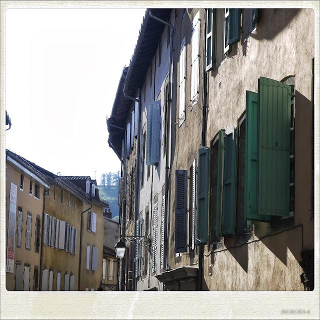 façade rue d'aurillac tourisme