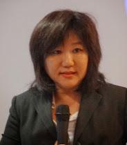 Dra. LI PING, Dra en MTC, Directora de la Escuela Li Ping de Acupuntura y MTC