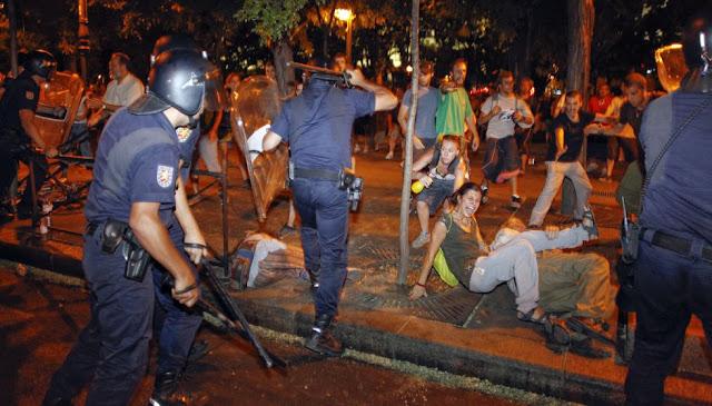 Espanha: LAS PROTESTAS DEL 15-M EN MADRID